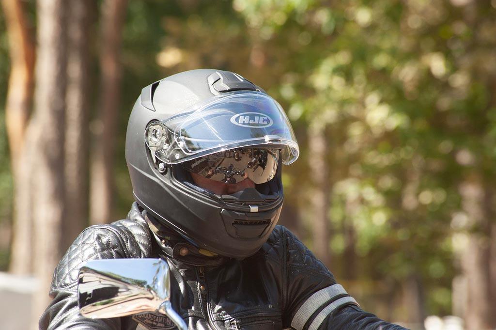 helmet 4839337 1280 - Choisir son Casque moto